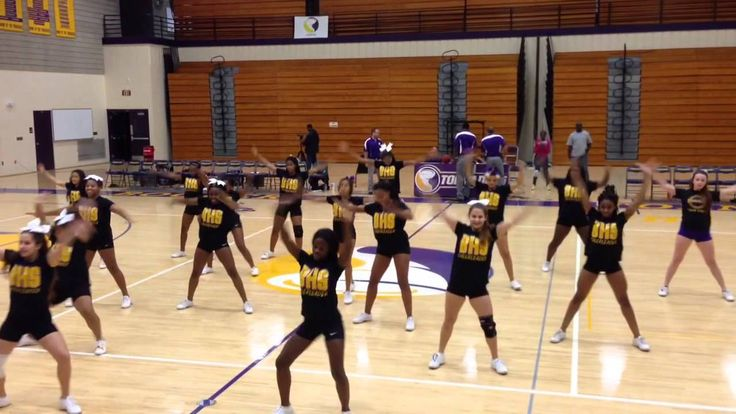 BHS Cheer Dance- Beyonce 711- 1/7/15