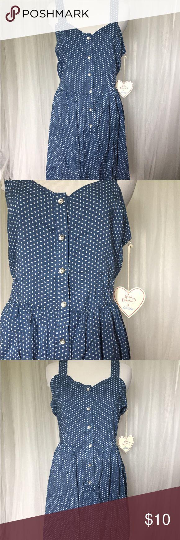 Nwt Sadie Robertson blue polka dot dress size M Sadie Robertson blue polka dot dress size Medium nwt. Button up adorable timeless dress Dresses Mini