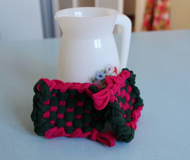 Tawashis (éponges réutilisables) conçues en matériaux recyclés vertes et fuchsias de la boutique Lebigornopiquant sur Etsy