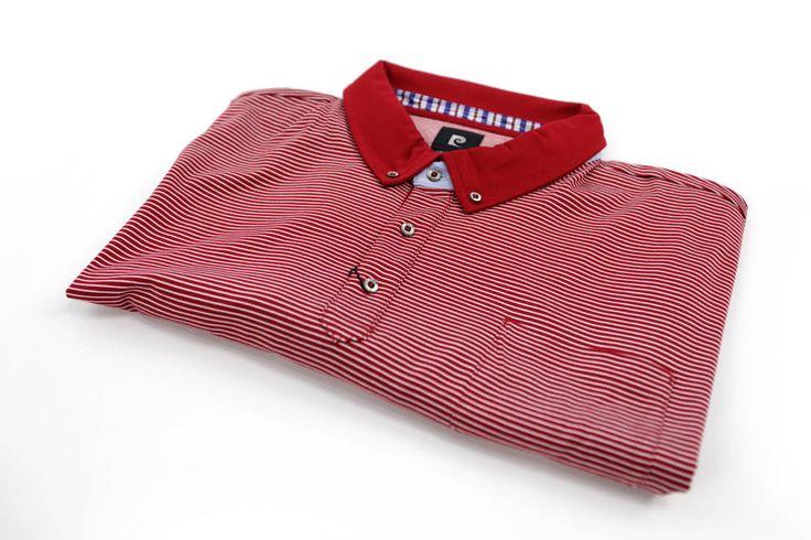 Polo Pierre Cardin w czerwono białe paseczki. Dla Panów o dużych rozmiarach. Dostępna rozmiarówka 3XL, 4XL, 5XL, 6XL, 7XL, 8XL. Skład: 100% bawełna