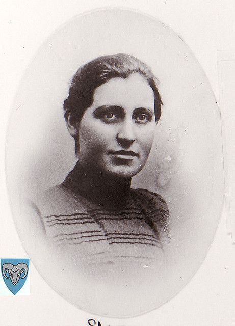 Elen Endresdtr. Søyland, my great grandfathers sister. Missionary in Kina.