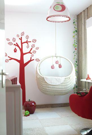 amazing hanging crib / bassinet