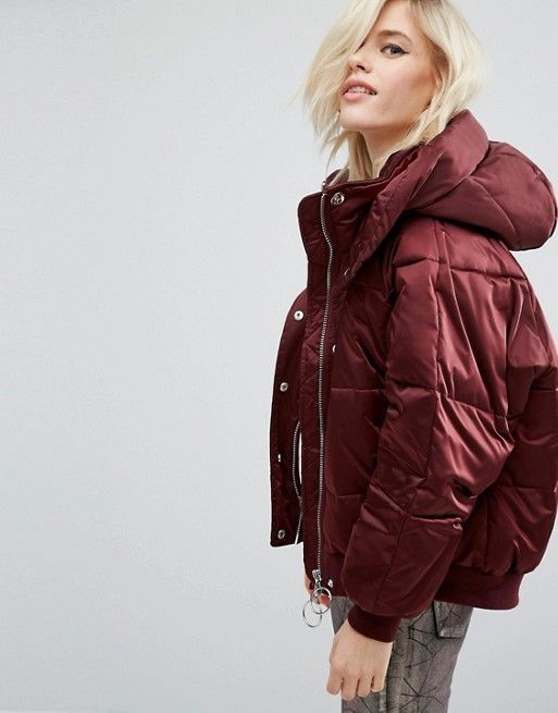 I found a great padded coat from ASOS ! I love both the oversized and cropped cut and the burgundy silky finish