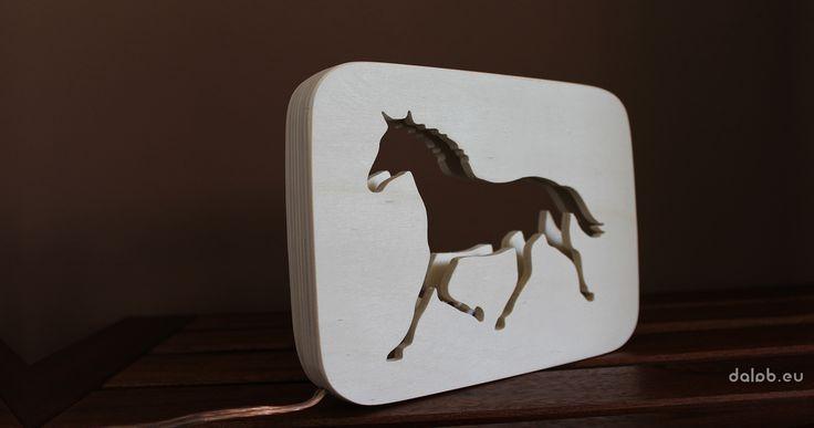 "STOLNÁ LAMPA ""HORSE"" - dalab"