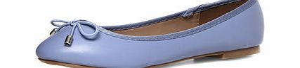 Dorothy Perkins Womens Pale blue round toe flat pumps- Blue Pale blue leather look round toe flat ballerina pumps with bows. 100% Polyurethane. http://www.comparestoreprices.co.uk/womens-shoes/dorothy-perkins-womens-pale-blue-round-toe-flat-pumps-blue.asp