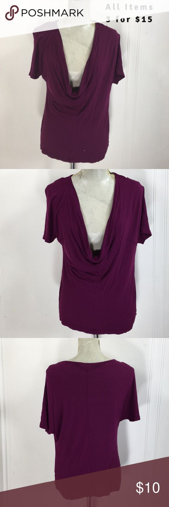 """Old Navy Light Batwing Blouse Preowned condition. No stains or holes. Normal wash and wear.   Tag Size: women's medium Bust Flat: 19"""" Length: 23"""" Fabric: loose fitting and stretchy.   Please go off measurements and not tag size.   I love questions!  No Trades or Modeling. Old Navy Tops Blouses"""