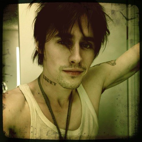 Reeve Carney. Love his face oh so much <3