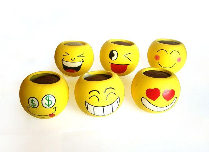 Precio barato sonreír expresión bonsai olla maceta de cerámica maceta de interior