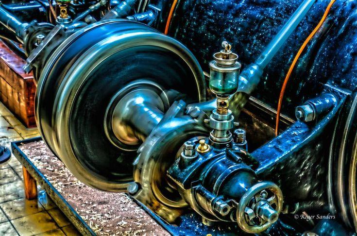 SteamMachine by Roger Sanders