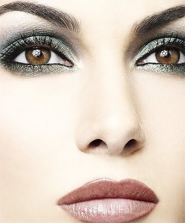 ♥ gorgeous make-up: Eye Makeup, Brown Eye, Beautiful, Eyemakeup, Smokey Eye, Green Eye, Lips Colors, Bridal Makeup Looks, Eyes