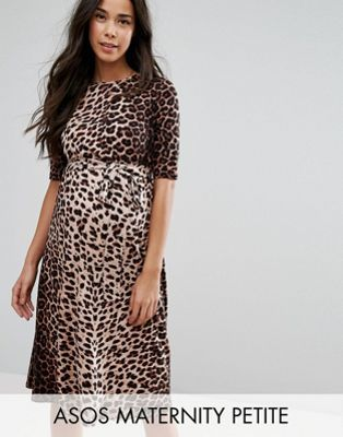 Maternity PETITE Midi Dress In Leopard Print