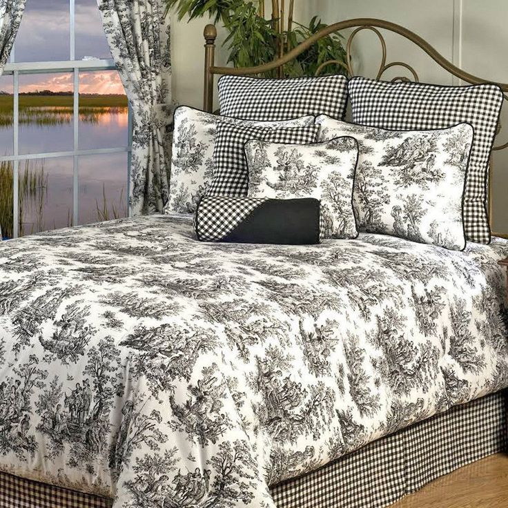 Toile Comforter Set will help you create the elegant, timeless classic Williamsburg or French Country look we love in your bedroom year round! Also available in a red and blue color pattern. 4 Pc Queen Comforter Set Includes. | eBay!