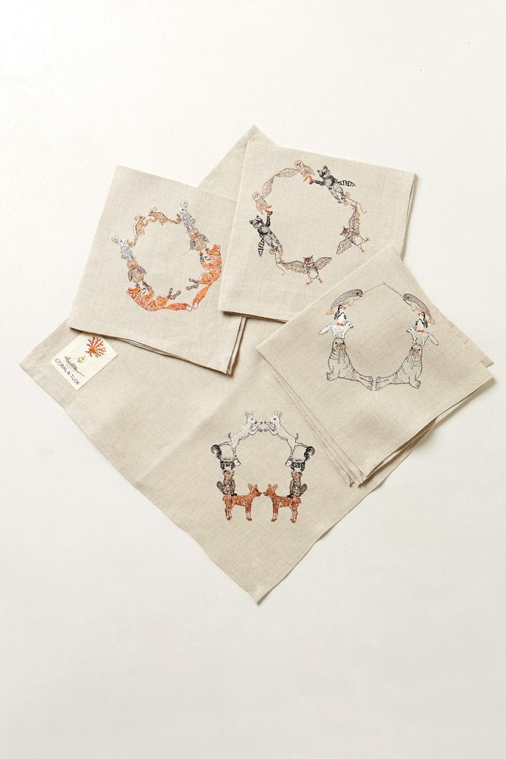 Bottle brush woodland animals - Loving These Woodland Animal Wreath Cocktail Napkins Has The Best Sweet Creature Products