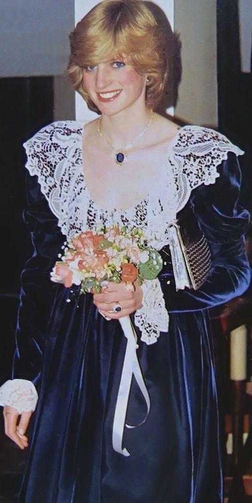 "royal-roaster: ""Princess Diana's first pregnancy """