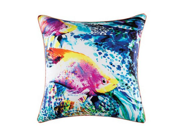 This stunning, bright cushion with tropical fish and bright blue waters adds an instant burst of colour with a vibrant tropical feel to it.