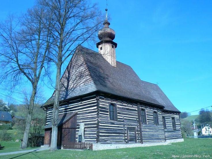 Jeseníky - kostel sv. Michala v Maršíkově