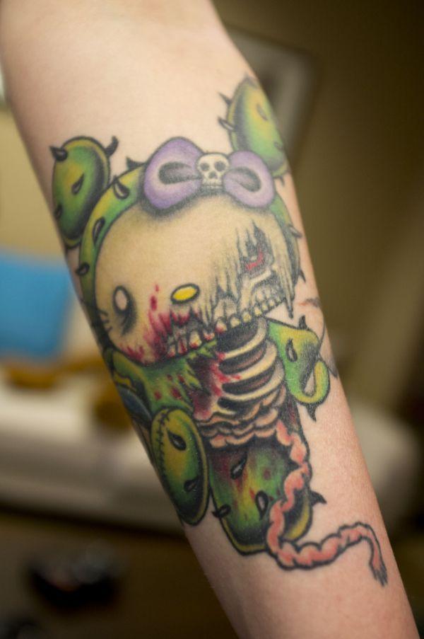 15 tatouages Hello Kitty insolites - 2Tout2Rien