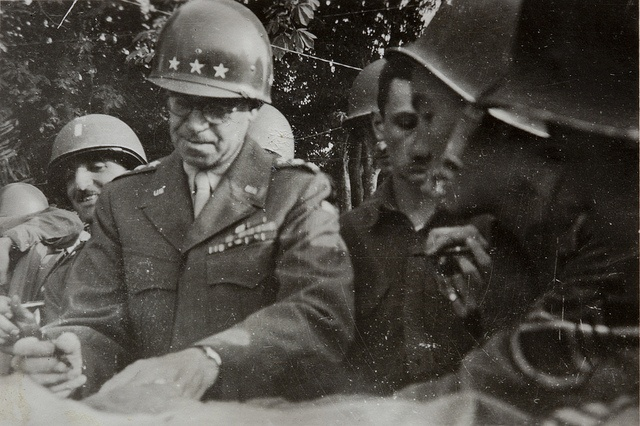 World War II photo of American general Omar Nelson Bradley during the Normandy Invasion with soldiers of the 9th United States Army Air Force, 6th TAC, France   Flickr - Photo Sharing!