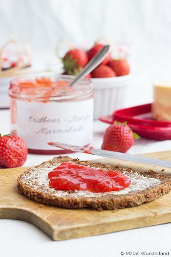 Heute gibt es außnahmsweise nichts aus dem Ofen, sondern nach langer Zeit mal wieder eine leckere Marmelade. Die ist mit Erdbeeren und Mango super sommerlich... - weiter lesen -