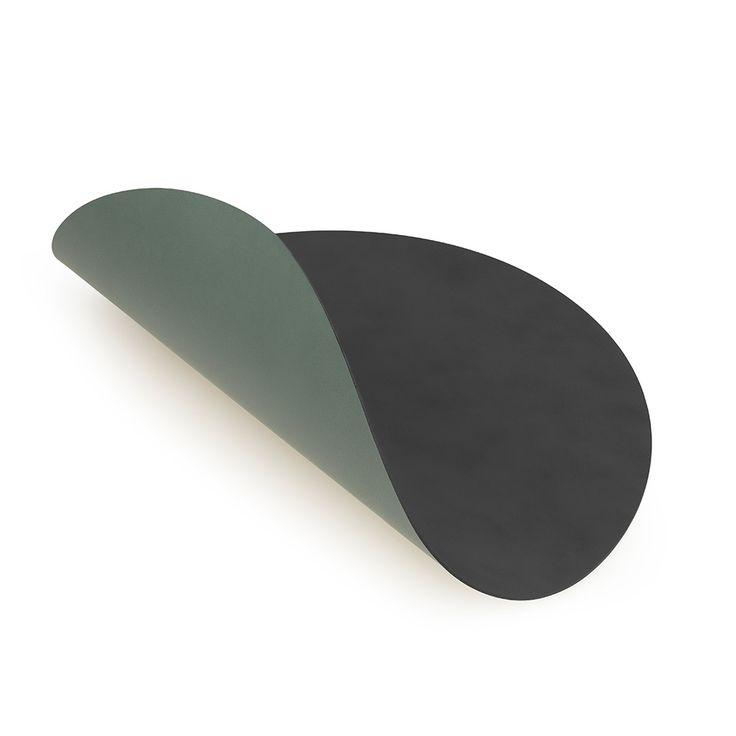 Curve S Dækkeserviet 24x28cm, Anthracite/Green, Lind DNA