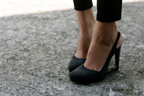 .: Fashion Shoes, Shoes Fetish, Cute Shoes, Work Shoes, Black Shoes, Black Heels, Work Heels, Black Pumps, High Heels