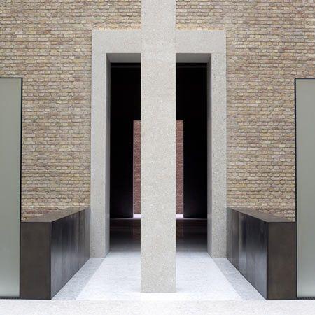 Image from http://static.dezeen.com/uploads/2009/03/neues-museum-by-david-chipperfield-architects-and-julian-harrap-architects-squ-346_10_uz_090217_n3.jpg.