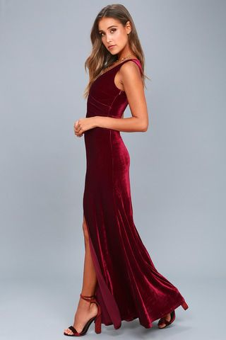 6cf64420620 Crushin  It Burgundy Velvet Maxi Dress 6 - manda -- OBSESSED with this one!  - BOTH the black and a red would look so good. Looks comfy and has a r…