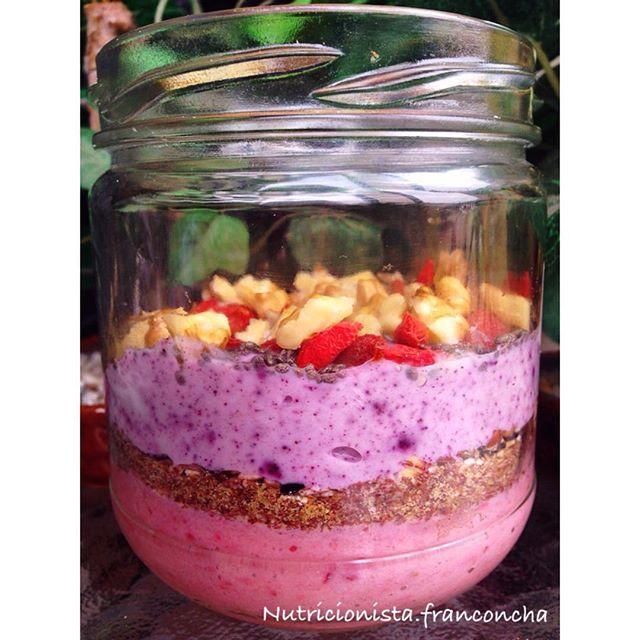 Ready to Go! El #desayuno es esencial para concentrarte en las actividades que vas a desarrollar durante el día. Si quieres que tu hijo  ponga atención clases acostumbralo a tomar desayuno y si tú quieres enfocarte en tu trabajo o la universidad también toma desayuno, no te lo saltes☝️. . .  El mío tiene ☺️{ Yogurt natural descremado  con cranberry y arándanos de @nativ_forlife + linaza + 1 cdta. de mantequilla de cajú @honest.foodfc + nueces + goji + chia } delicioso . Que t...