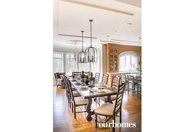 "A charming English country dining area expands the kitchen.    See more of this home in ""Alder Cabinetry with Visible Knots Bucks the White Trend"" from OUR HOMES York Region, Summer 2017 http://www.ourhomes.ca/articles/build/article/alder-cabinetry-with-visible-knots-bucks-the-white-trend"