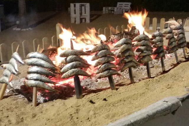 Chiringuito Solyluna-beach club restaurant-costa ballena rota-16