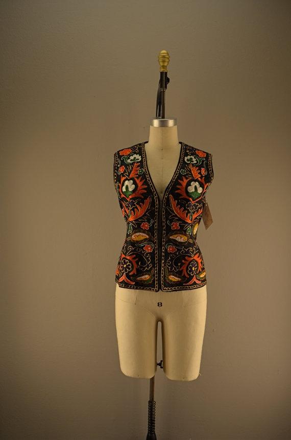 1970s embroidered vest / Vintage ethnic vest / 70s by melsvanity, $56.00