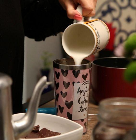 Mocha Latte delicioso e bem cremoso, com café e chocolate meio amargo. Ah e esse copinho térmico todo amor é da Imaginarium <3