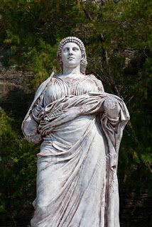 Love of the Goddess: Women of History, Artemisia of Caria
