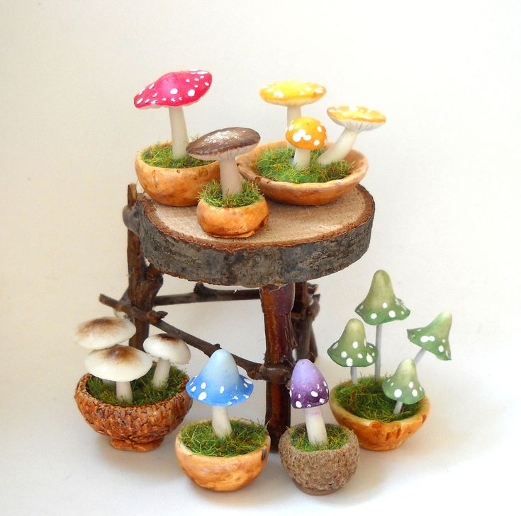 1/12TH scale - fairy witch wizard accessories - potted mushrooms and toadstools by LORY
