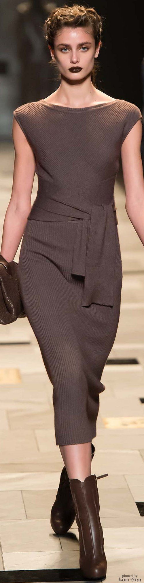 Love the dress, colour not attractive for most colour types Winter white would look so awesome. Trussardi Fall 2015 RTW