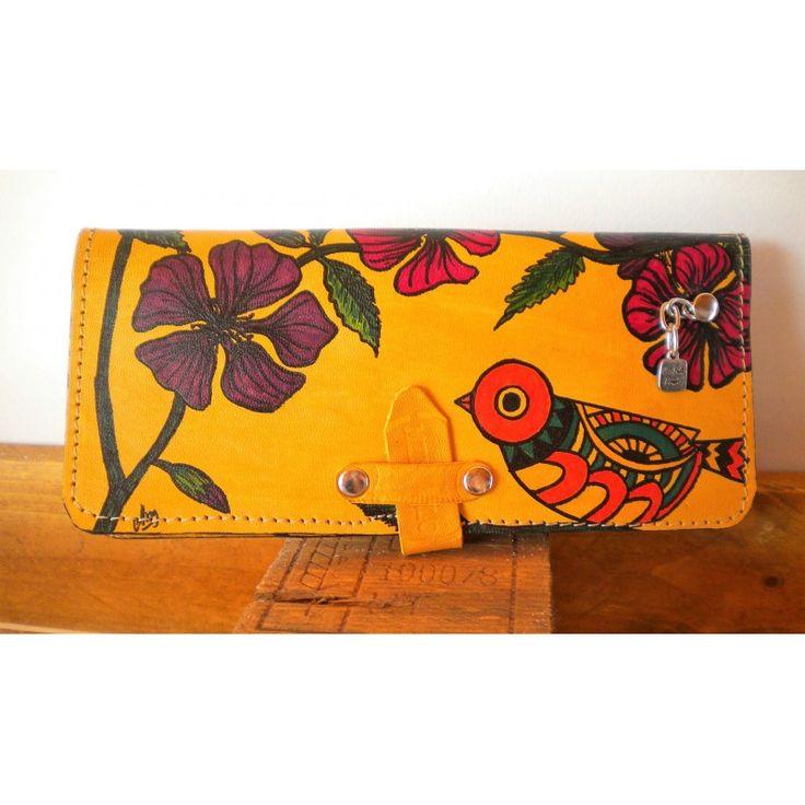 Billetera cuero flores y ave - Con Sello Propio
