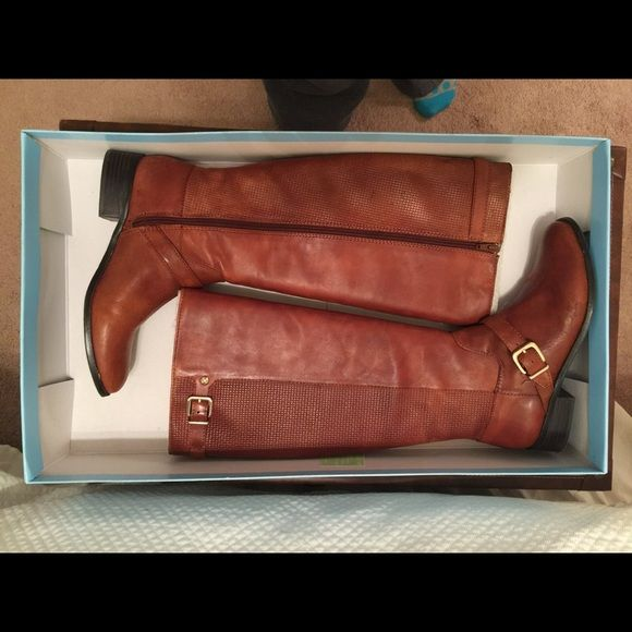 Antonio Melani wide calf brown riding boots Like new, worn only 3 times. Wife calf, size 9. Gorgeous boots, I just got the wrong size and cannot make them work for me. Basket-type pattern on the back. ANTONIO MELANI Shoes Combat & Moto Boots
