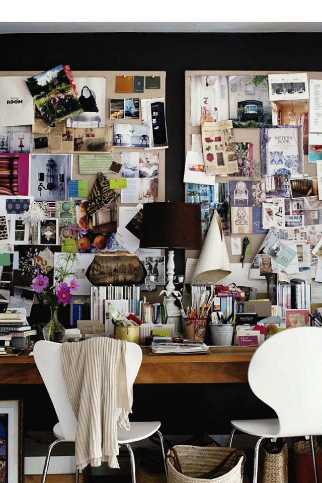Mood boards and dark walls - a wonderful combination. So much color and life!