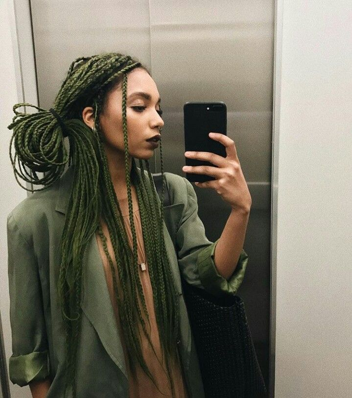 Box braids verde militar (Nataly nery) #boxbraidedhairstyles