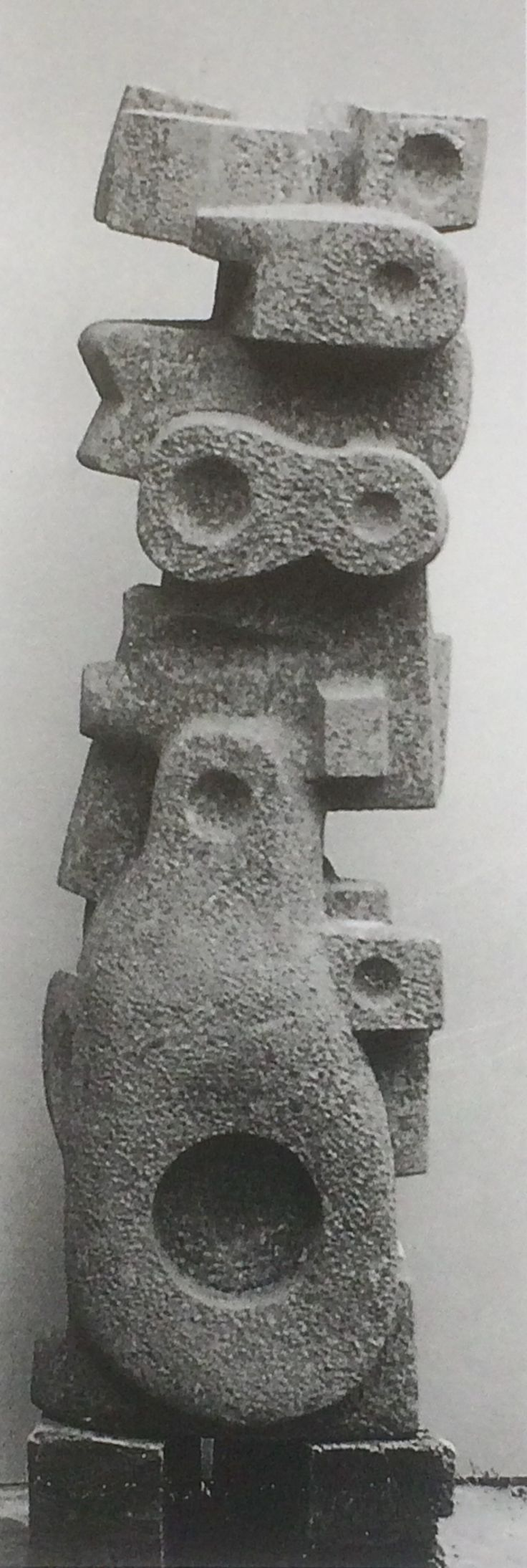 """""""Pachamama""""  Samuel Roman Rojas Piedra verde- 1972"""