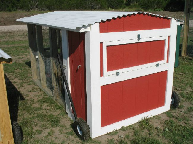 Mobile Chicken Coop-for the new chicks?