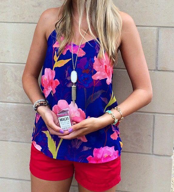 @cynthiateri bright & beautiful with Raspberry Hibiscus, wearing J. Crew, Fabrik & Kendra Scott