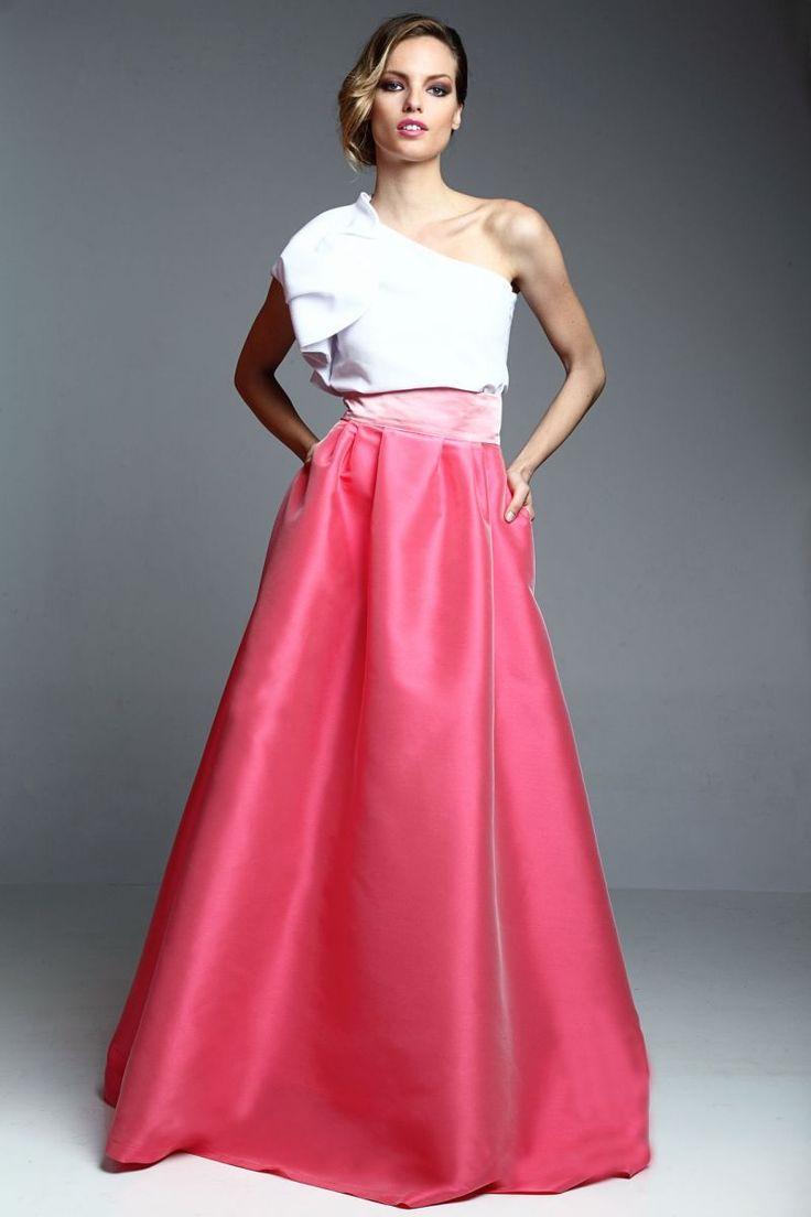 conjunto de falda larga rosa y top asimetrico con volante para invitadas boda fiesta online