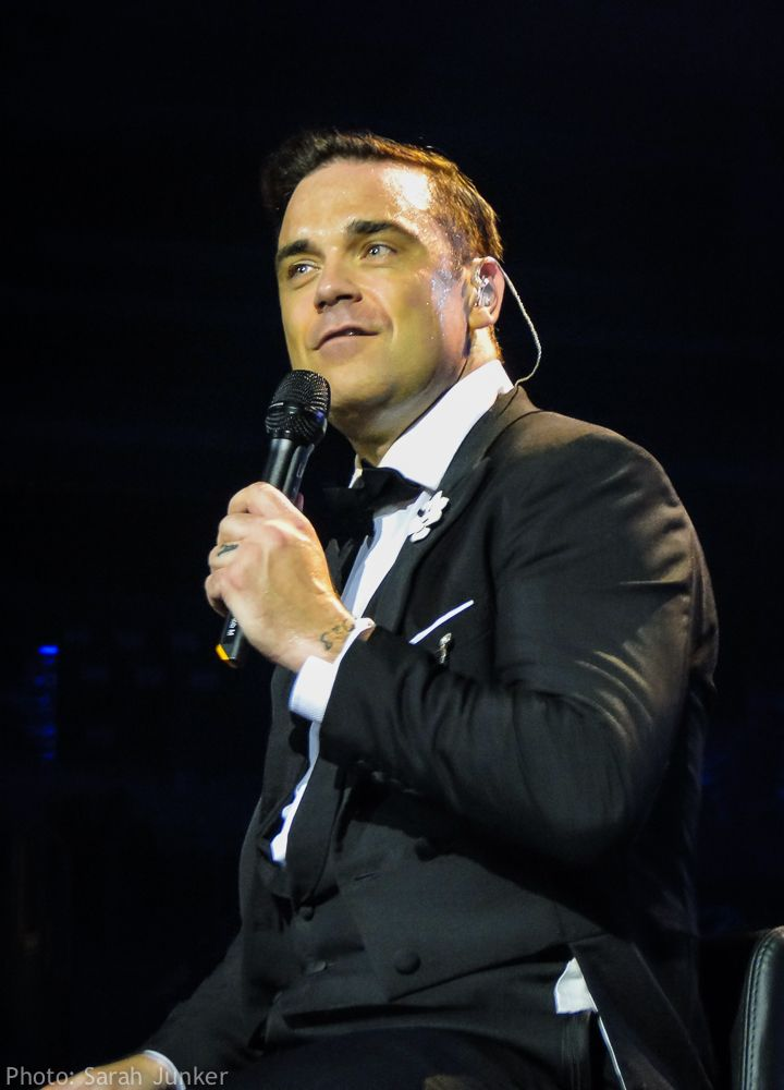 Robbie Williams - swings both ways tour