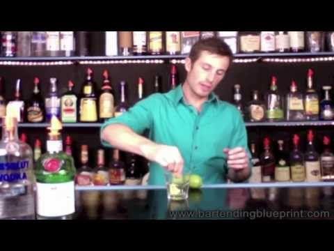 Gimlet Drink Recipe - http://2lazy4cook.com/gimlet-drink-recipe/