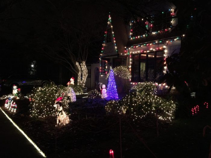 10 christmas light displays in and near portland that are pure magic - Best Christmas Light Shows