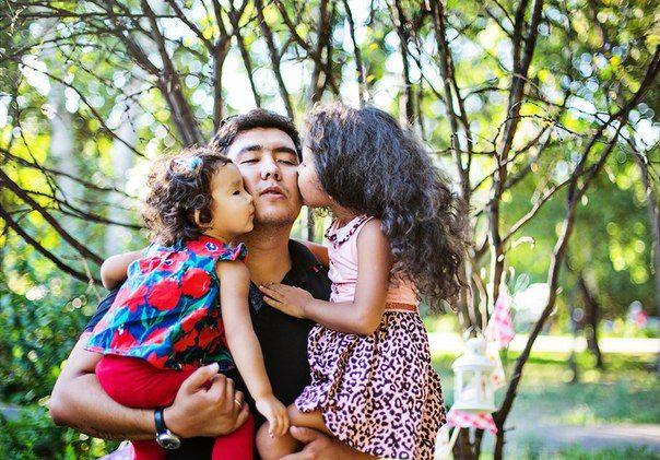 Отец и дочь. Девочки, любимый папа
