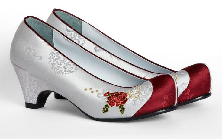 Women hanbok shoes. Accessory for Korean traditional clothes