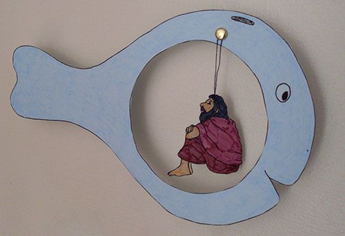 Downloadable craft...I think I would not cut out the circle but glue Jonah on it and then cut another circle to cover Jonah and use a  brass fastener to slide it up and down.