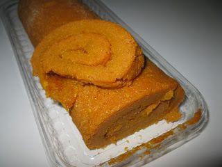 Torta de Cenoura Crua INGREDIENTES: 3 cenouras (grandes) cruas 5 ovos 200gr de açúcar 200gr de farinha Raspa de uma laranja+sumo 1pi...